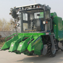 mesin panen jagung self-propelled